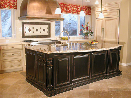 How to Pair Your Granite with a Backsplash | Aqua Kitchen & Bath Design Center