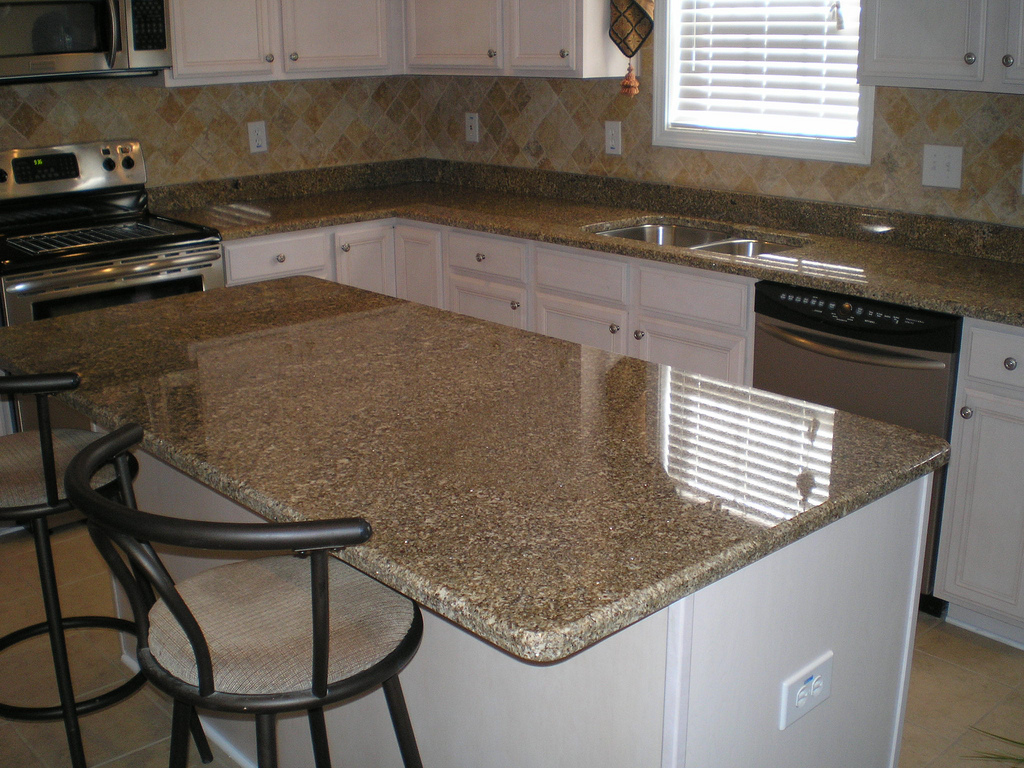 Popular Granite Countertop Configurations Orlando: 3 Advantages Of Installing Granite Countertop