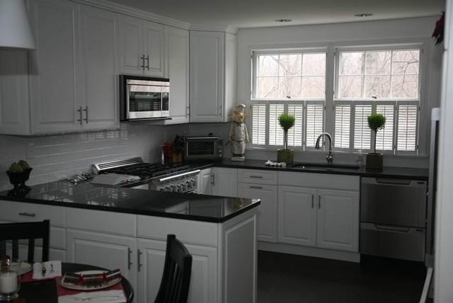 Black Granite Countertops A Daring Touch Of