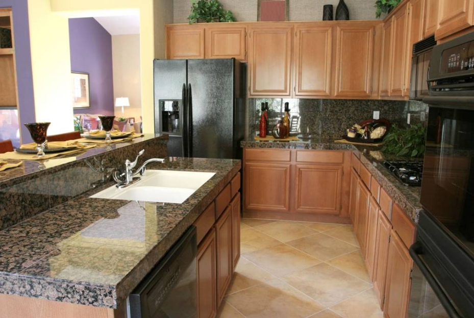Brown Granite Countertops: Baltic Brown Granite