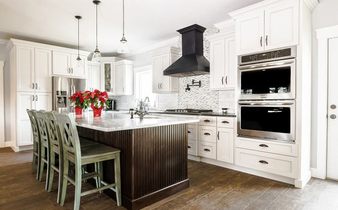 Stock Kitchen Cabinets | Aqua Kitchen & Bath Design Center