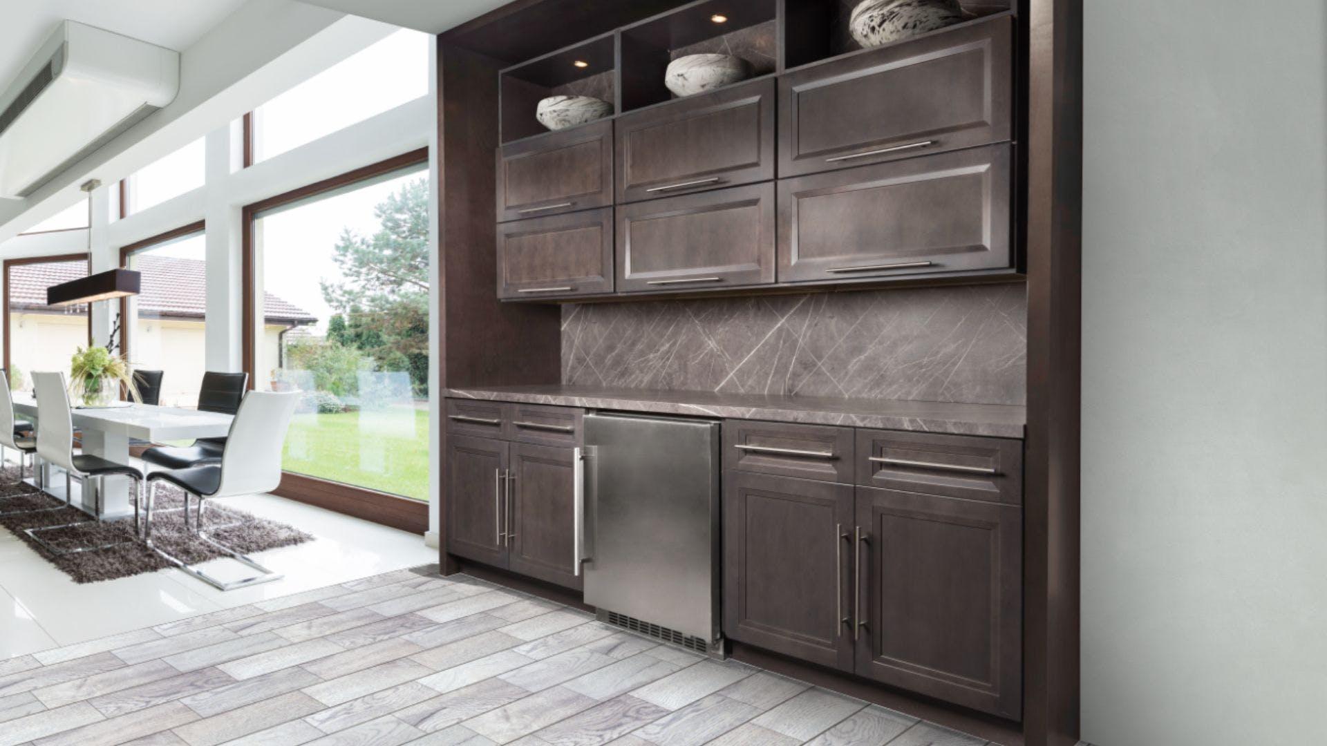 Fabuwood Onyx Cobblestone Kitchen Cabinets [Quality Craftsmanship]