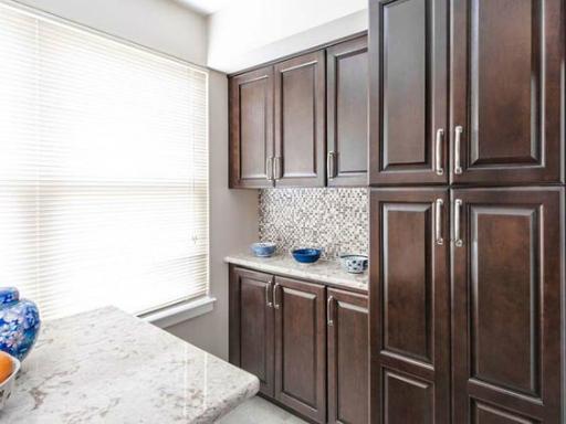 Fabuwood Hallmark Chestnut Kitchen Cabinets Elegant Amp Modern