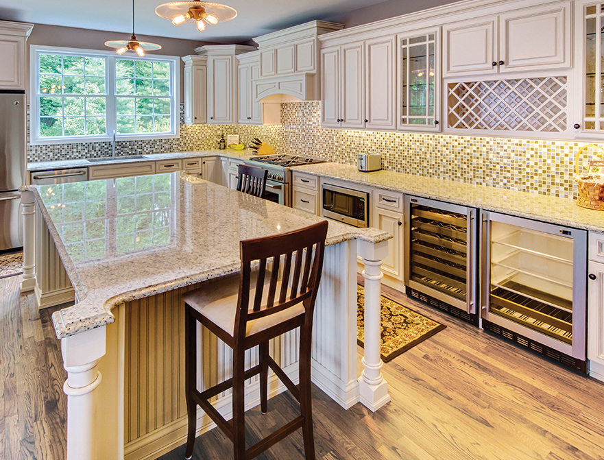 Fabuwood Cabinets Classic Series Wellington Ivory Kitchen