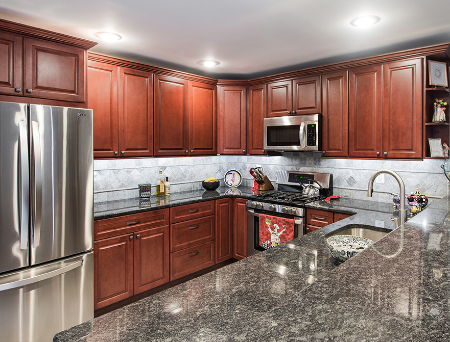 Fabuwood Cabinets Value Series Hallmark Brandy Kitchen