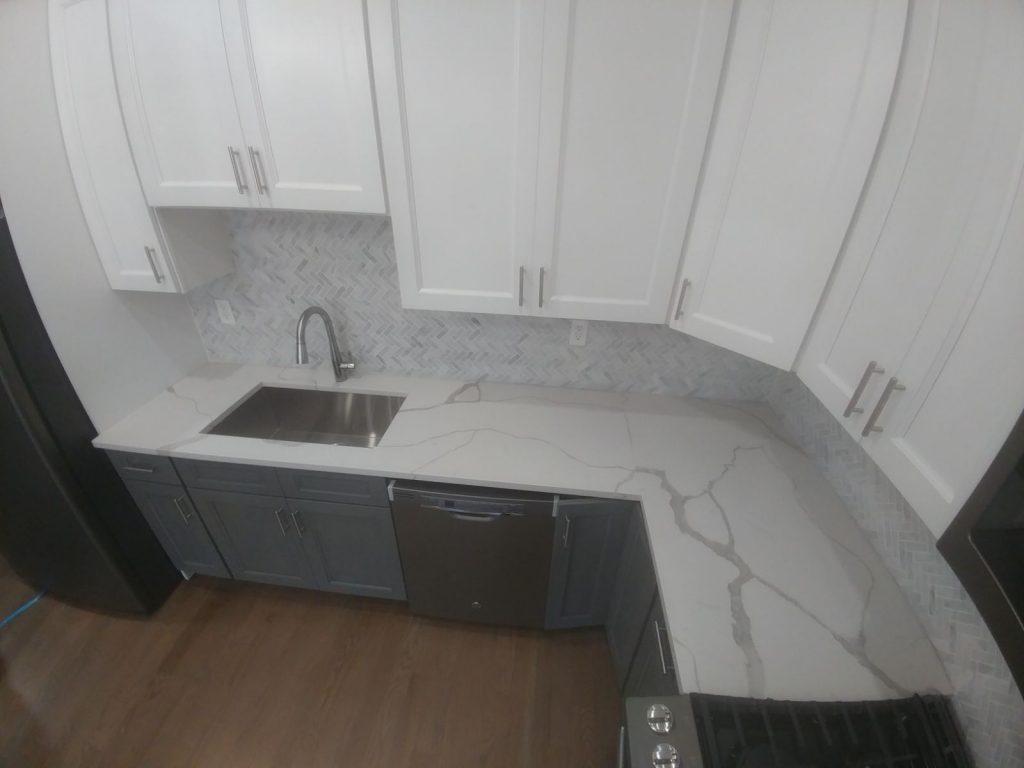 Calacatta Classique MSI Quartz Installation in Jersey City Residential Kitchen