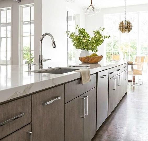 Calacatta Classique Marble Looking Quartz Kitchen Design