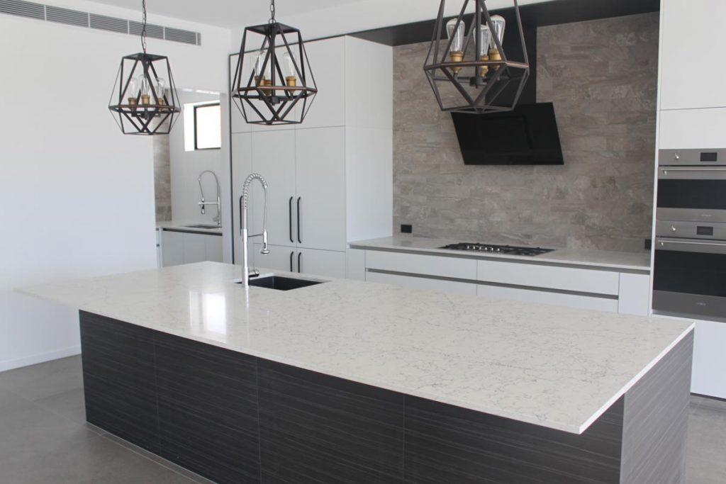 White Attica Marble Looking Quartz Design