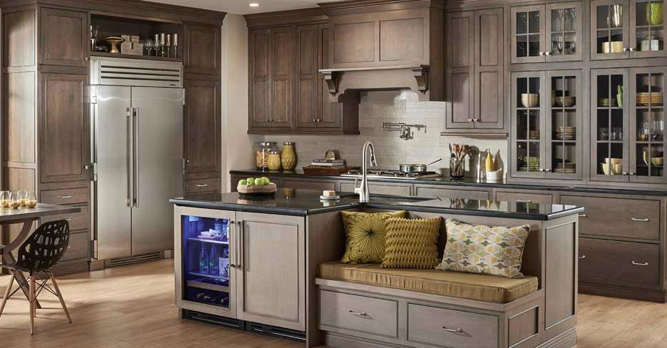 Custom Kitchen Cabinets by Fieldstone Cabinetry