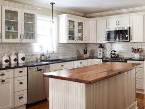 Stock Kitchen Cabinets for Franklin Lakes, NJ Kitchens