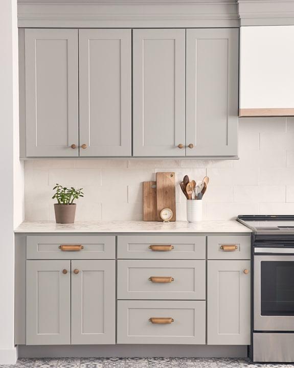 Wolf Dartmouth 5-Piece Pewter Kitchen Cabinets